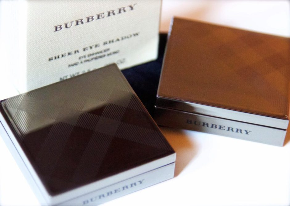 Burberry sheer eye shadow tea rose trench swatches review