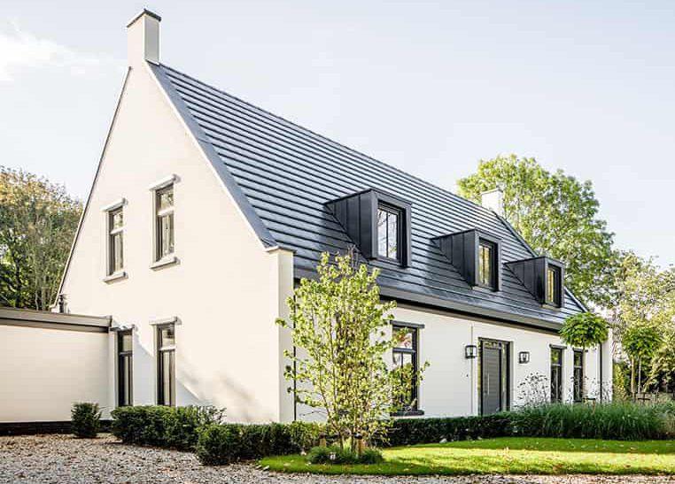 Casco huis bouwen, bertram beerbaum, landelijk en modern huis, zwart wit huis, vrijstaand huis bouwen