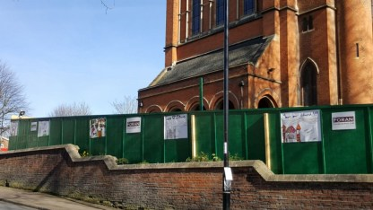 24 Oct - site set up - external hoarding-w1200