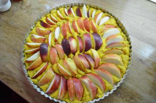 äppelkaka med saffran