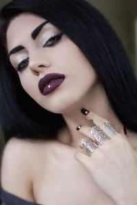 Photographer & Model: Foroogh Kardansani Jewellery: Abaddon Three Finger Ring