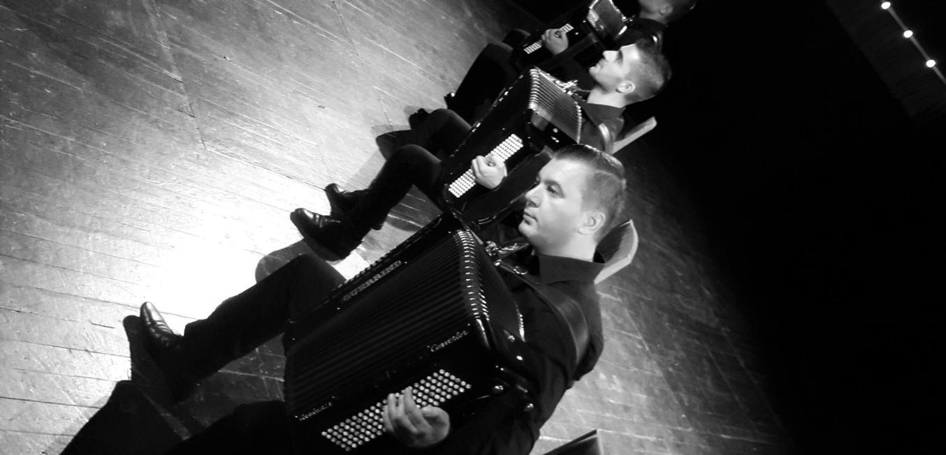 1 – Koncert Concert – T.Skampa – Onufri Trio Fizarmonikash Meditango (Piazola, Galiano)