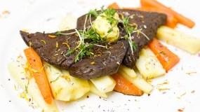 Karotten, mit Maibutter