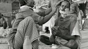 Nicht so hitzig meine Herren, Sie werden sofort rasiert