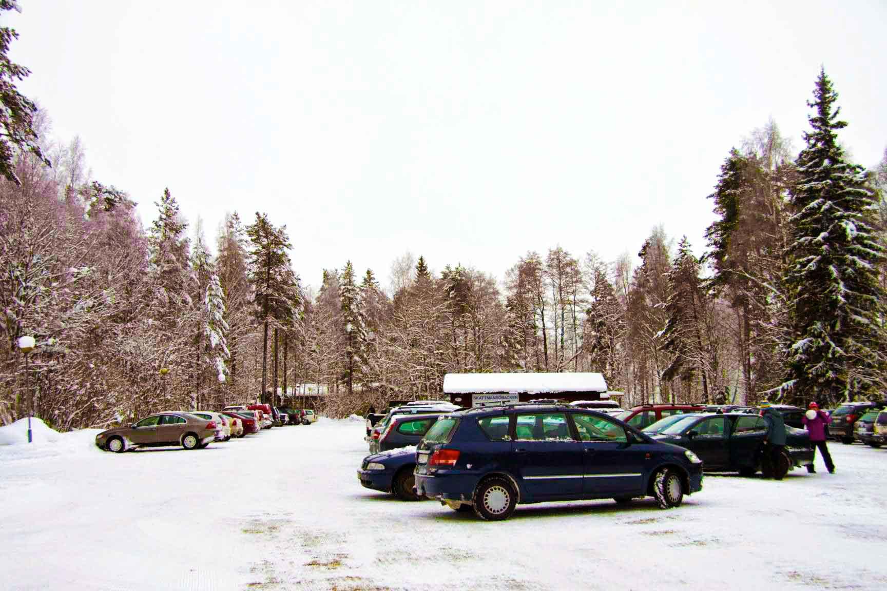 Parkeringen vid Skattmansöbackeb