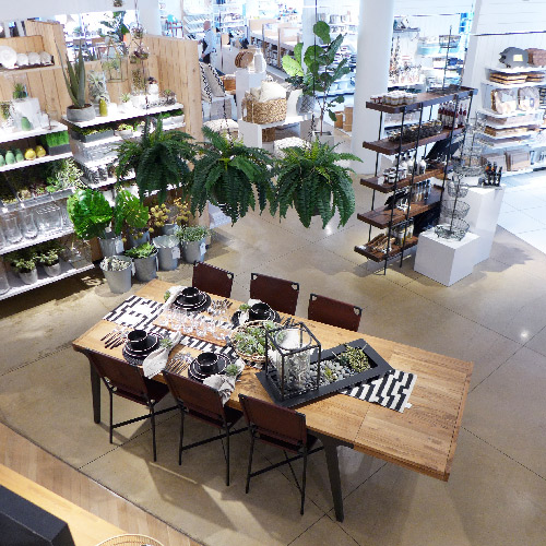 Chicago. Boutique Crate and Barrel.