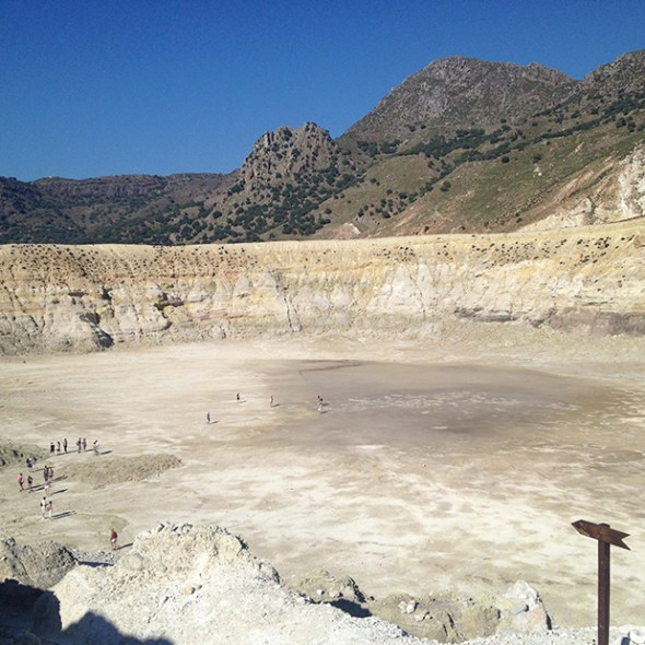 """Stefanos"", the largest crater on Nisyros"