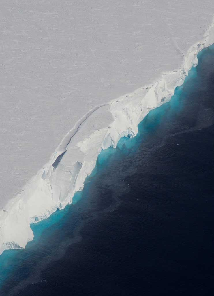 Thwaites Glacier: Biggest ever Antarctic field campaign