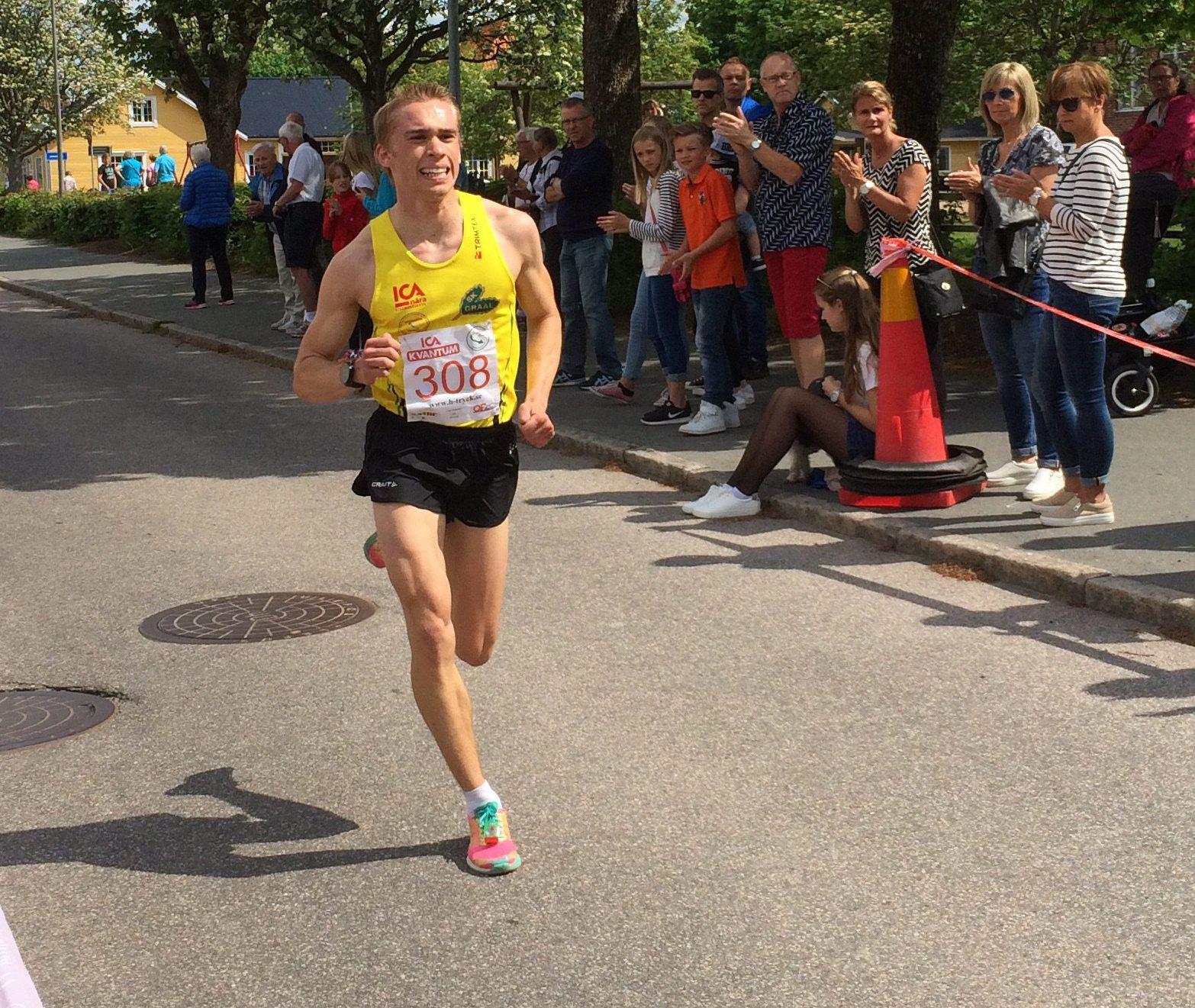 Anton som klar etta på 5km banan!