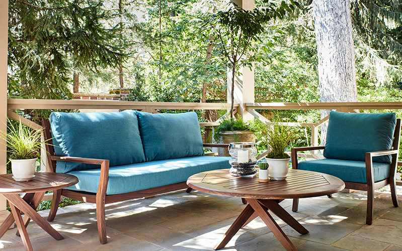 Patio Furniture For Small Spaces 8 Simple Tips To Try Stauffers