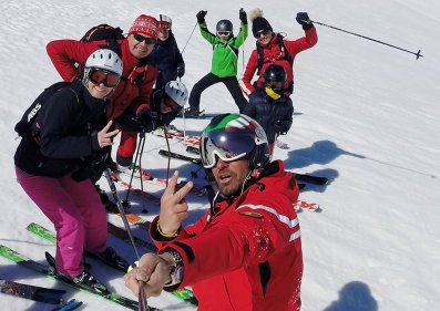 cervinia-ski-school-group-lessons