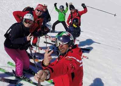 cervinia-ski-school-group-lessons