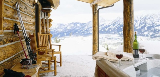 Cowboy Heaven Cabin hot tub, best Big Sky Resort hot tubs, Cowboy Heaven Cabin Big Sky Resort