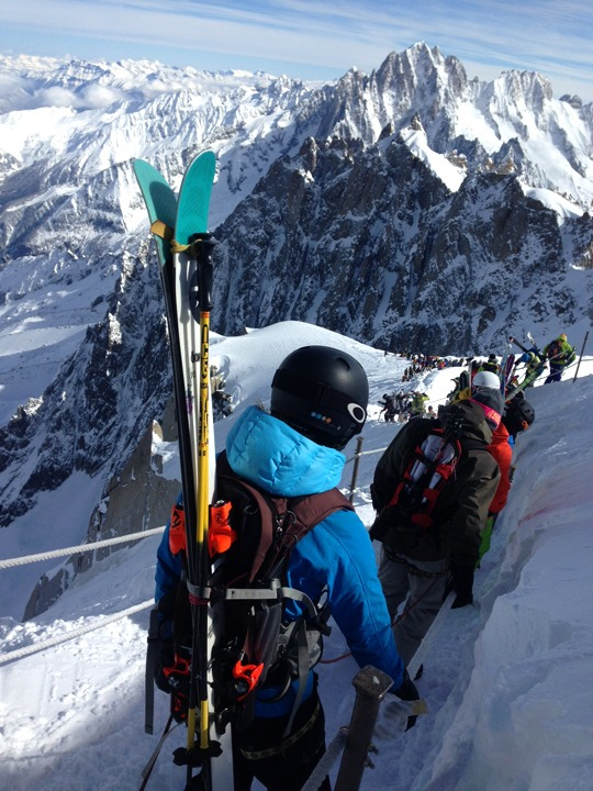 Vallee Blanche hike down view