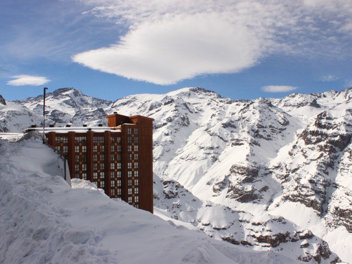 Valle Nevado early opening day