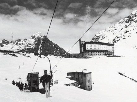 chairlift ski Portillo
