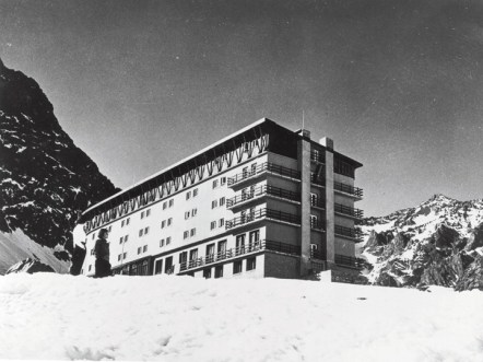 Hotel Portillo historic photo