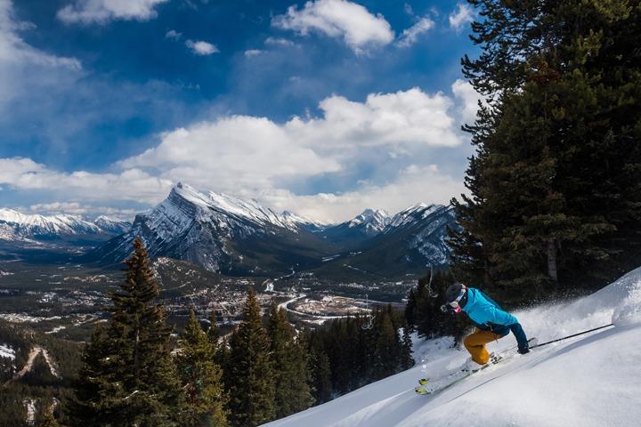 Iconic Banff views at Mt. Norquay | Photo: Reuben Krabbe, Sherpas Cinema