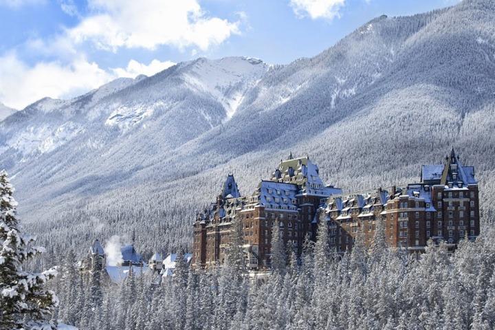 fairmont-banff-springs-hotel