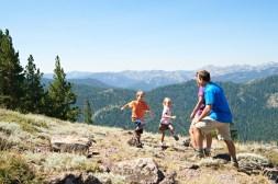 summer in lake Tahoe, family hiking in Lake Tahoe, Lake Tahoe hiking