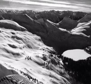 heli skiing Revelstoke