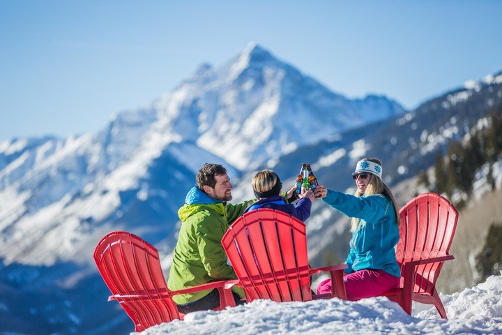 Aspen Snowmass spring break guide, locals tips spring skiing at Aspen Snowmass, Snowmass spring break, Aspen spring break
