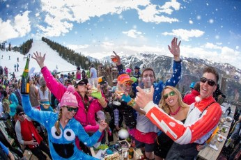 On-mountain apres-ski parties are prevalent across Aspen Snowmass. | Photo: Aspen Snowmass