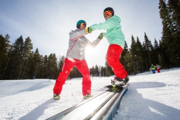 Snowboarding lessons at Aspen Snowmass. | Photo: Aspen Snowmass