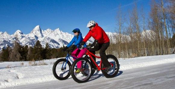 In Jackson Hole, you can take a national park or wildlife tour by fat bike. | Photo: Teton Mountain Bike Tours