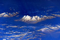 A snowy mountain range as seen from space. | Photo: Scott Kelly, NASA