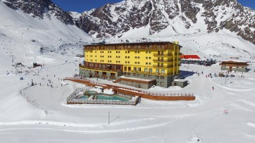 Hotel Portillo opening day