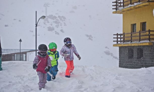 ski portillo chile snow