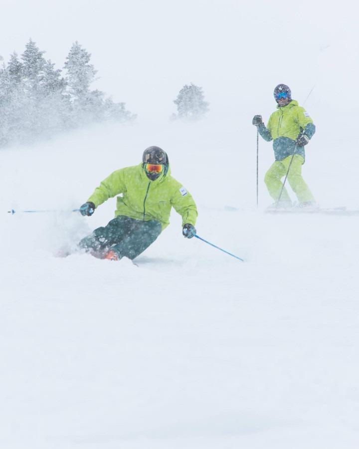 cfadb33587 how to learn to ski powder