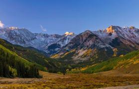 Snowy peaks blending in with the golden, autumn tones in Aspen Snowmass.   Photo: Jeremy Swanson Photo, Aspen Snowmass taken on Sept. 15, 2016