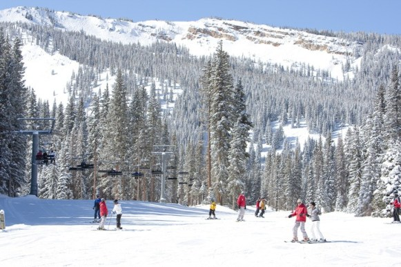 beginner skiing aspen snowmass