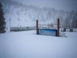 Mammoth snow report
