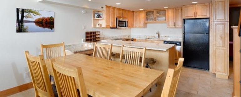 Crestwood Condominiums
