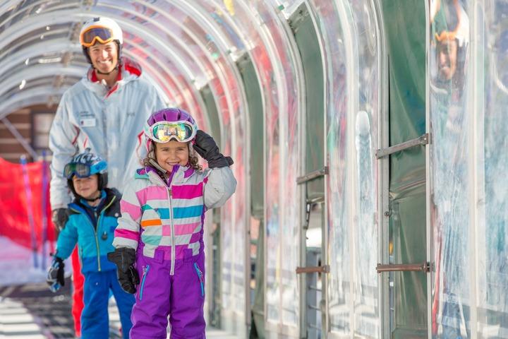 Snowmass kids beginner skiing
