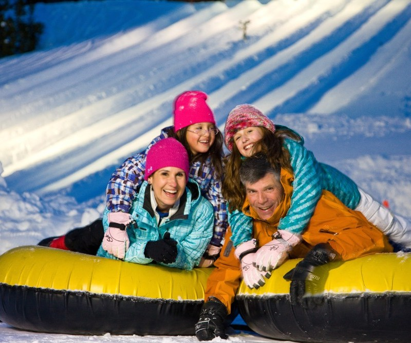 family snow tubing vail, adventure ridge vail