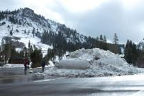 squaw valley alpine meadows snowfall, where is it snowing, where has it snowed