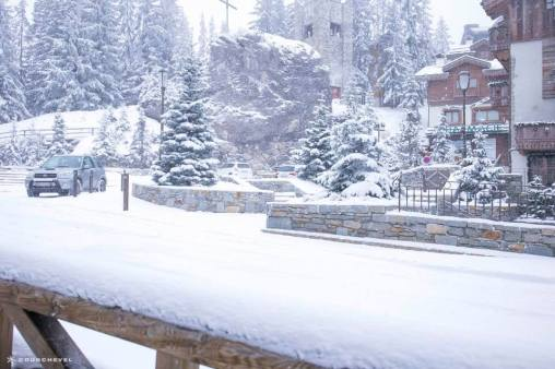courchevel opening date