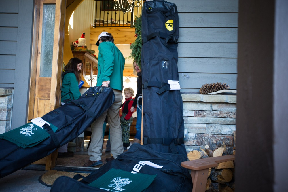 ski rental delivery service, snowboard rental delivery service