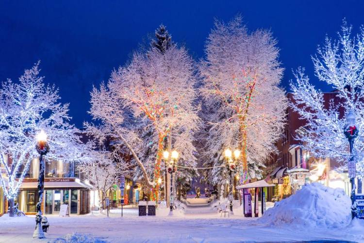 Best Resorts For Skiing At Christmas