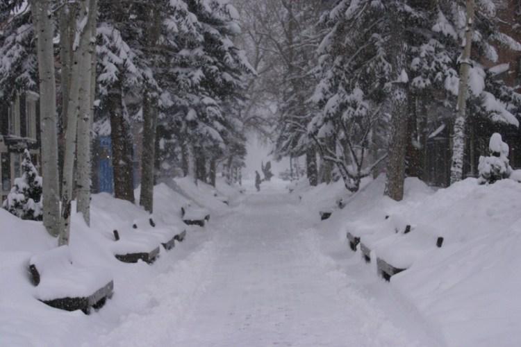 Aspen Extended Stay ski vacation