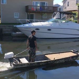 Project Short Straw is in the water, puttin and a purrin. 5 Weeks of building th…