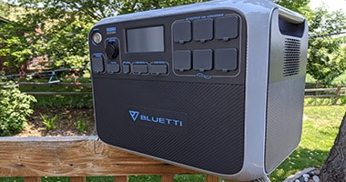 Bluetti AC200P Review: REAL WORLD Testing For Emergencies & Camping