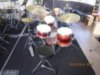 Drumles Jazz drumkit docent back