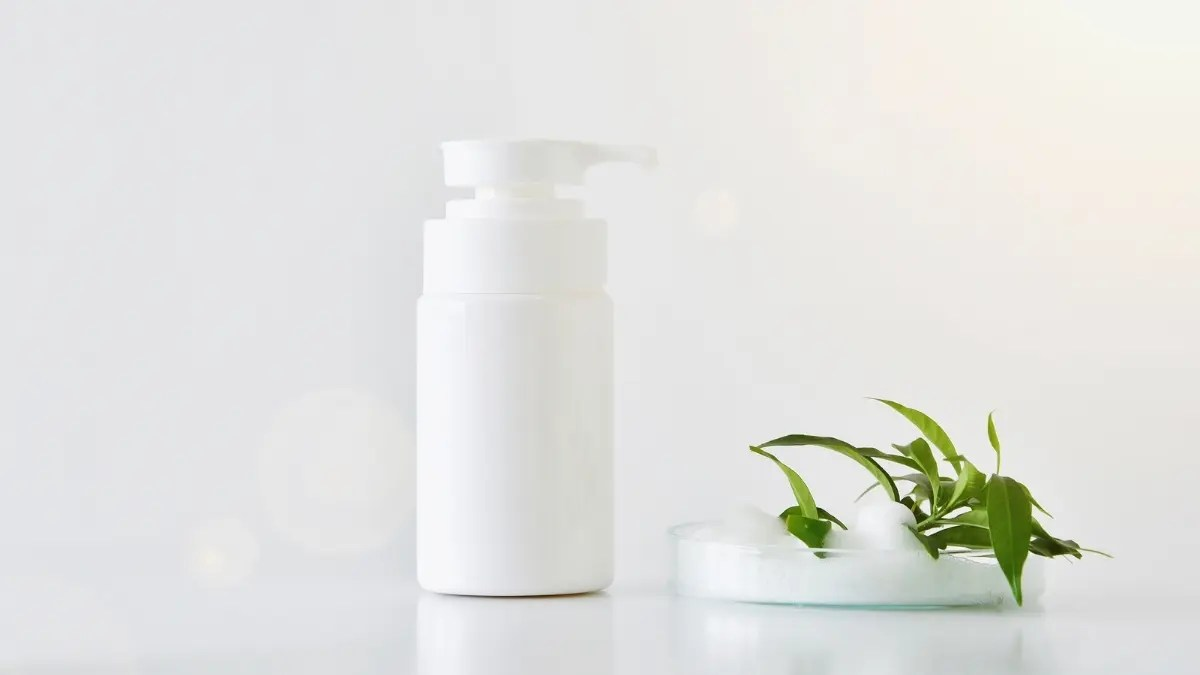 Top Best Face Cleansers for Sensitive Skin Reviews and Buying Guide