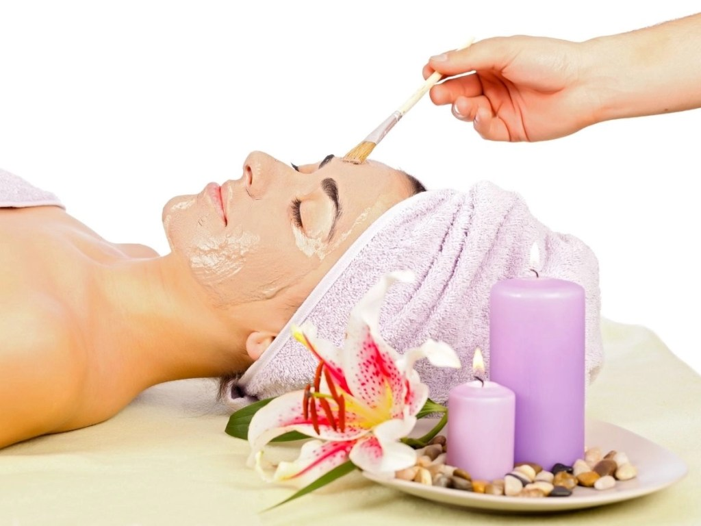What Are the Proper Techniques to Apply Skincare Products