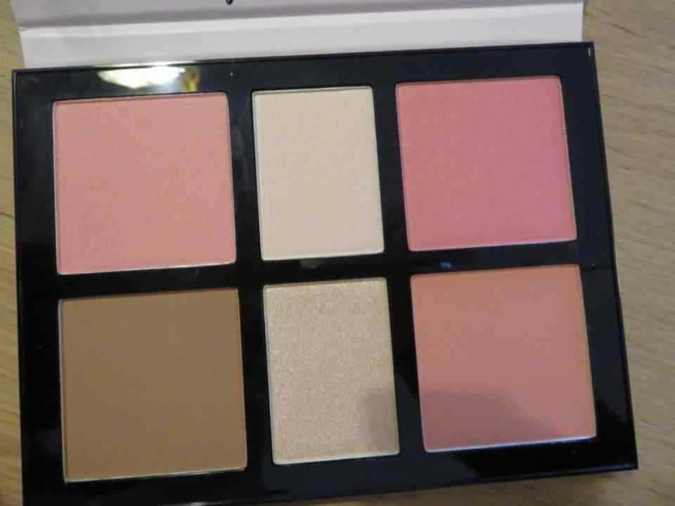Catrice blush palette